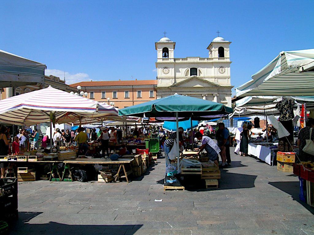 mercato_piazza_duomo